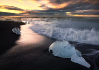 beach,black,breidamerkursandur,europe,ice,iceberg,iceland,long exposure,morning,ocean,sand,southern,sunrise,water body