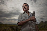 asia,asian,environmental portait,indonesia,indonesian,jakarta,java,knife,machete,male,man,portrait,rumpin,west java