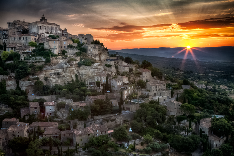 beautiful,brilliant,europe,france,gordes,horizontal,southern,sunrise