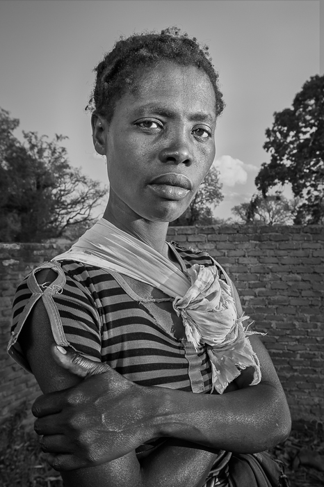 africa,african,baby,black,child,daughter,environmental portait,evening,family,female,girl,infant,juvenile,lady,malawi,malawian,mom,mother,portrait,woman,young