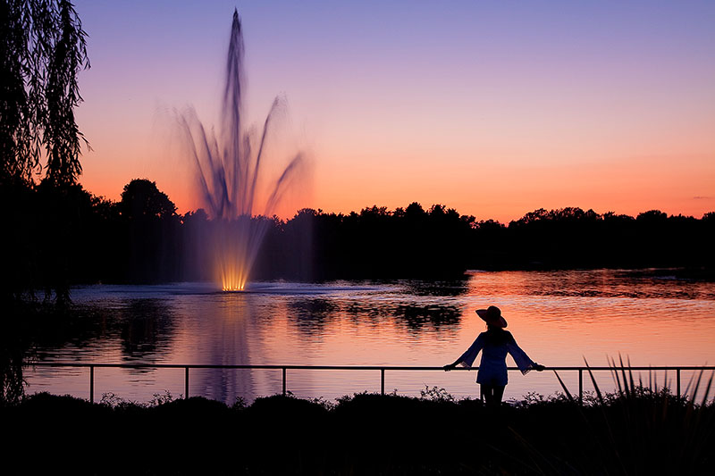 america,beautiful,botanic gardens,female,fountain,horizontal,il,illinois,lady,midwest,north america,pond,sunset,united states,us,usa,woman