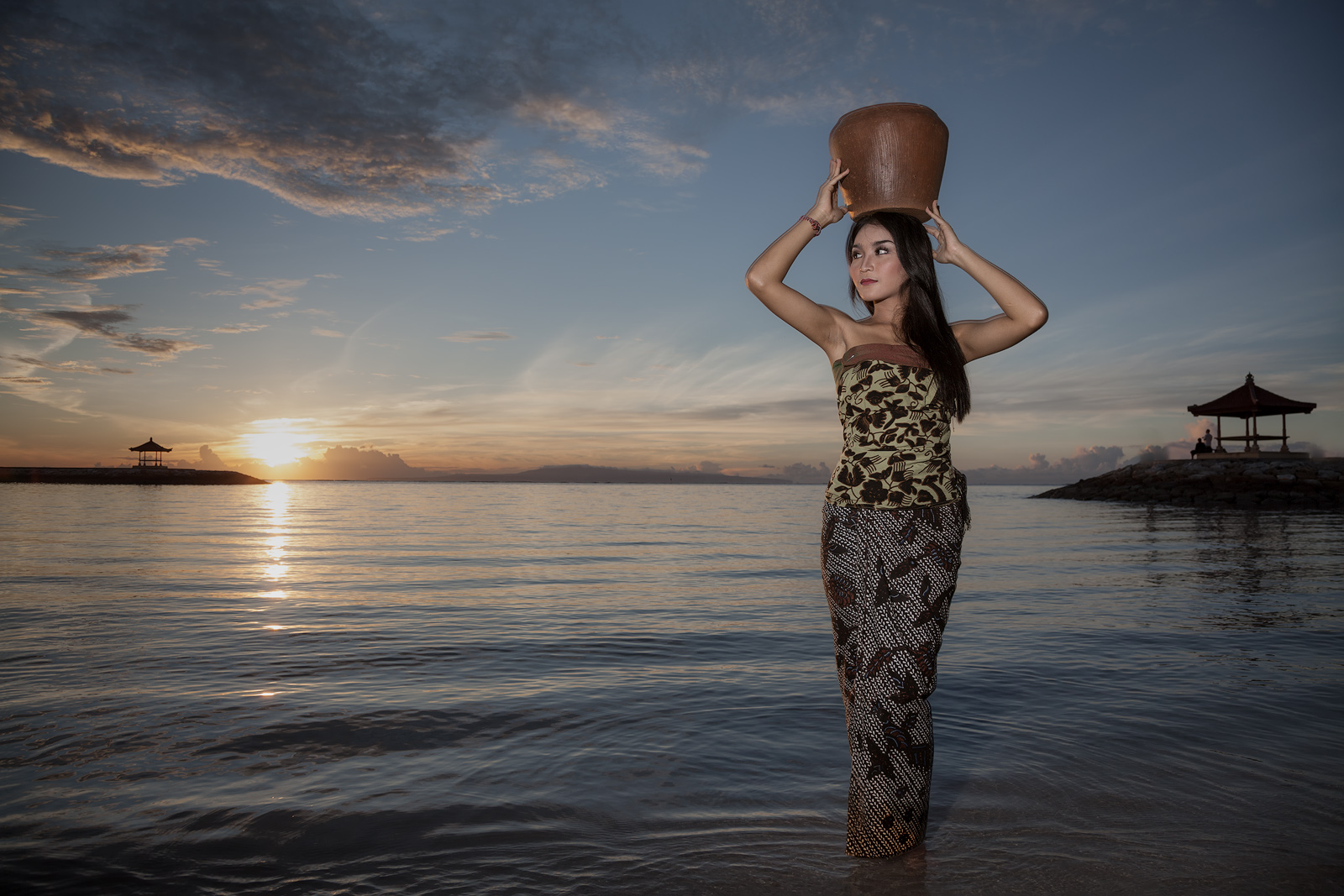 asia,asian,bali,east java,female,girl,indonesia,indonesian,java,lady,lake,mega,names,sanur beach,water body,young, photo
