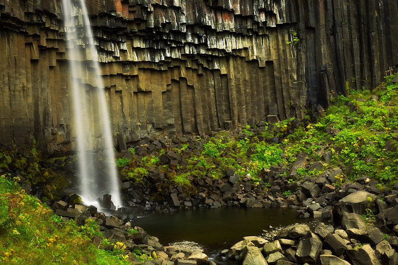 basalt,black,cascade,europe,falls,horizontal,iceland,north america,rock,south,southern,svartifoss,trail,united states,water body,waterfall, photo