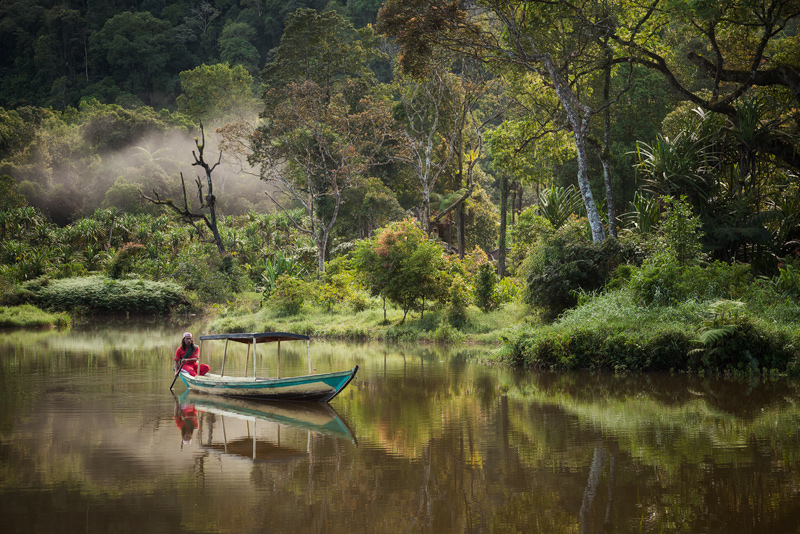 asia,asian,fisherman,gunung gede pangrango national park,indonesia,indonesian,java,lake,situ gunung,sukabumi,water body,west java,gunung gede pangrango national , photo