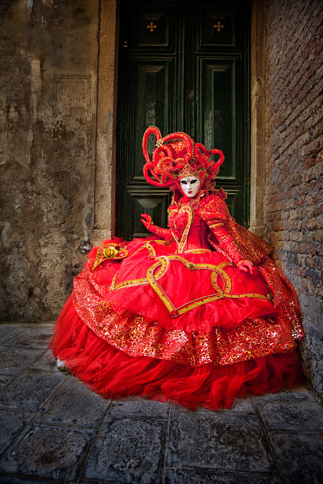 carnival, celebration, colorful, costume, door, doorway, europe, italy, mask, myriam, myriam melhem, party, red, venice, vertical, photo