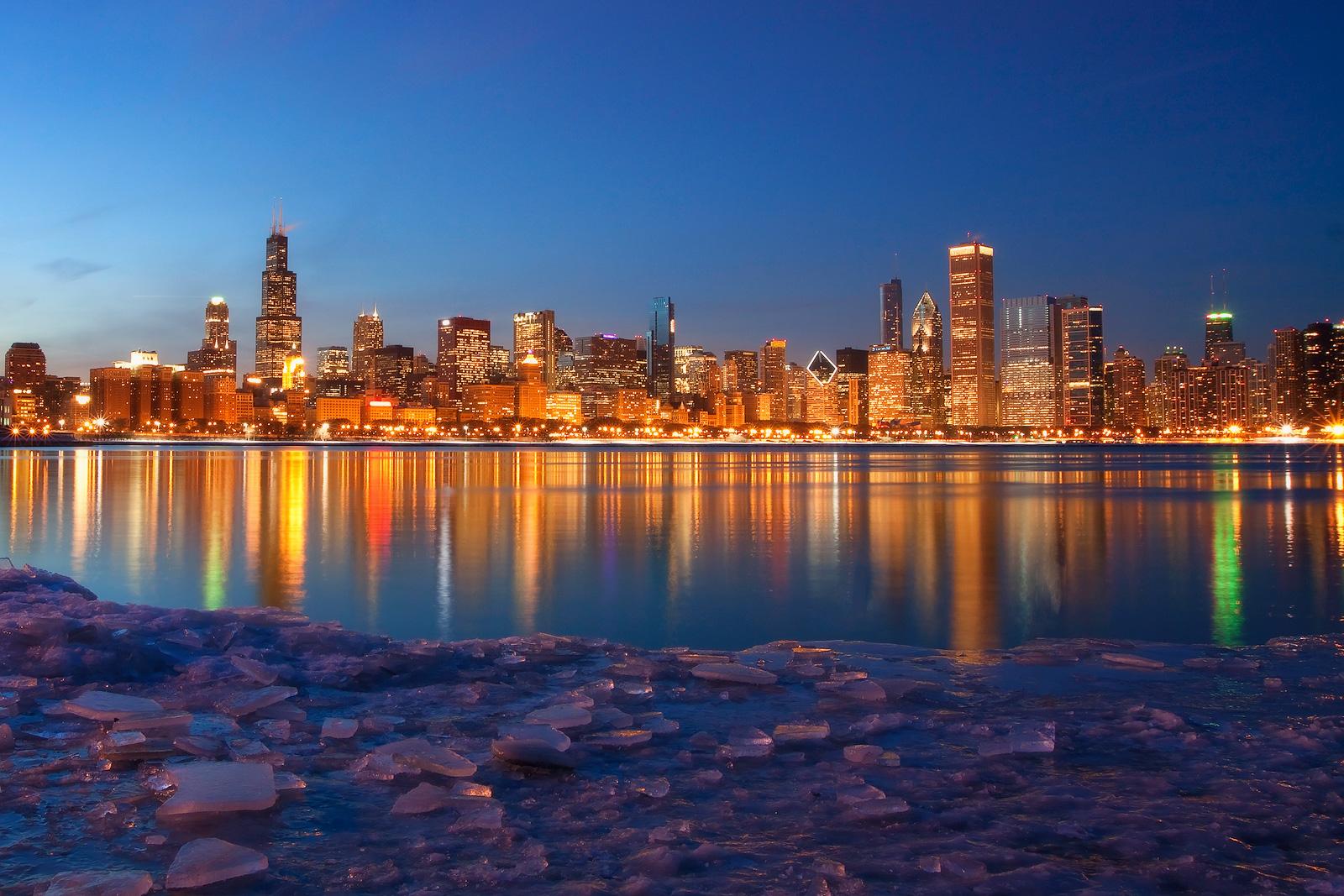 america,building,chicago,city scape,cityscape,horizontal,ice,il,illinois,midwest,north america,planetarium,skyline,united states,us,usa,winter, photo