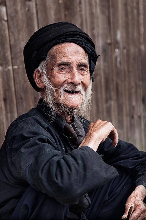 asia,black,china,chinese,elderly,happy,hill,longji,longji rice terraces,longsheng,male,man,mountain,old,older,portrait,rice t, photo