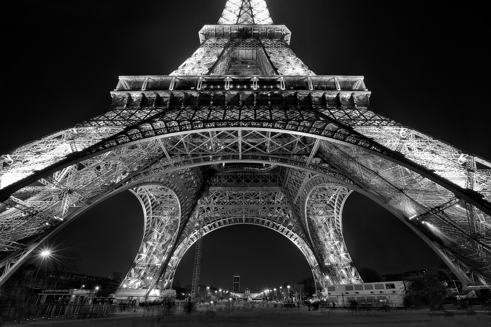 black & white,black and white,city scape,cityscape,eiffel tower,europe,france,horizontal,night,paris,black & white, photo