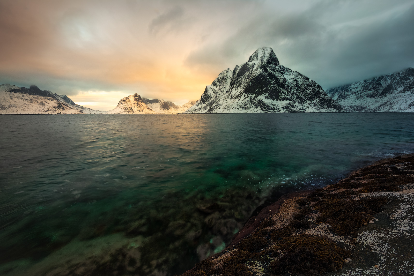 2017, beach, beautiful, coast, europe, evening, ice, lake, landscape, lofoten, majestic, moskenesøy, mountain, mountain range, norway, olstind, peak, scandinavia, scenic, seascape, snow, snowy, sunset