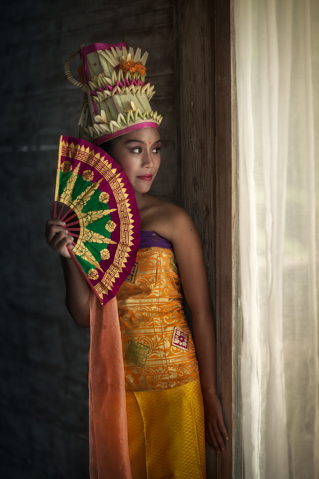 asia,asian,bali,costume,dance,east java,female,girl,indonesia,indonesian,java,legong,preparation,traditional,ubud,young, photo