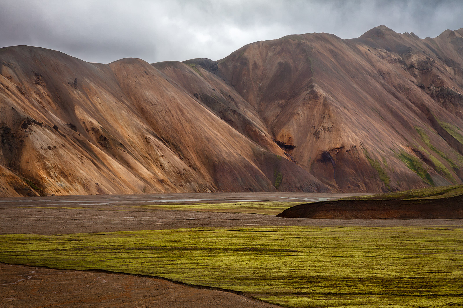 center,central,europe,hill,horizontal,iceland,interior,landmannalaugar,mountain,volcanic,volcano, photo
