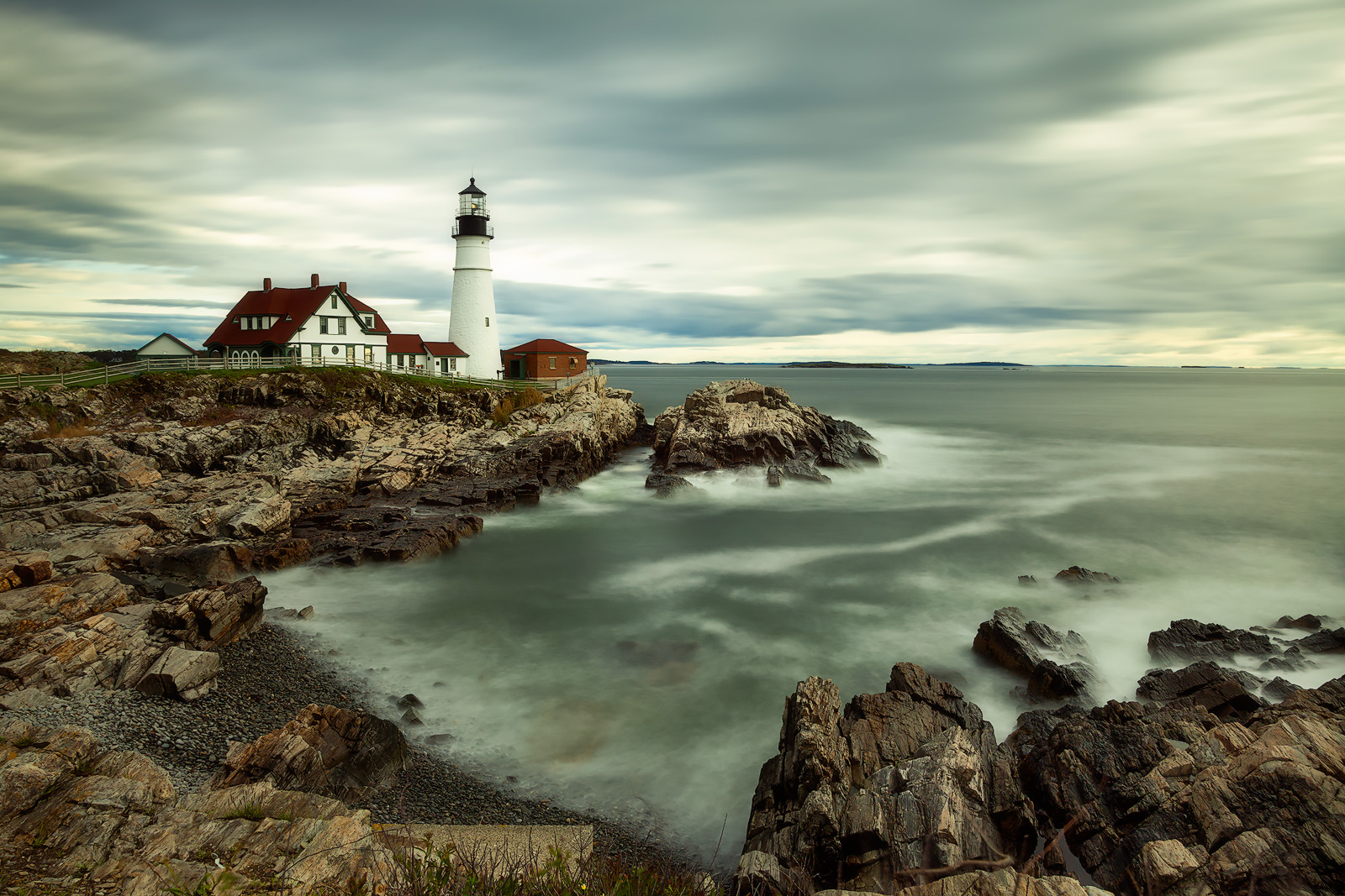 america,building,east,eastern,head light,horizontal,lighthouse,long exposure,maine,new england,north america,portland,portland headlight,united states,us,usa,water,water shot, photo