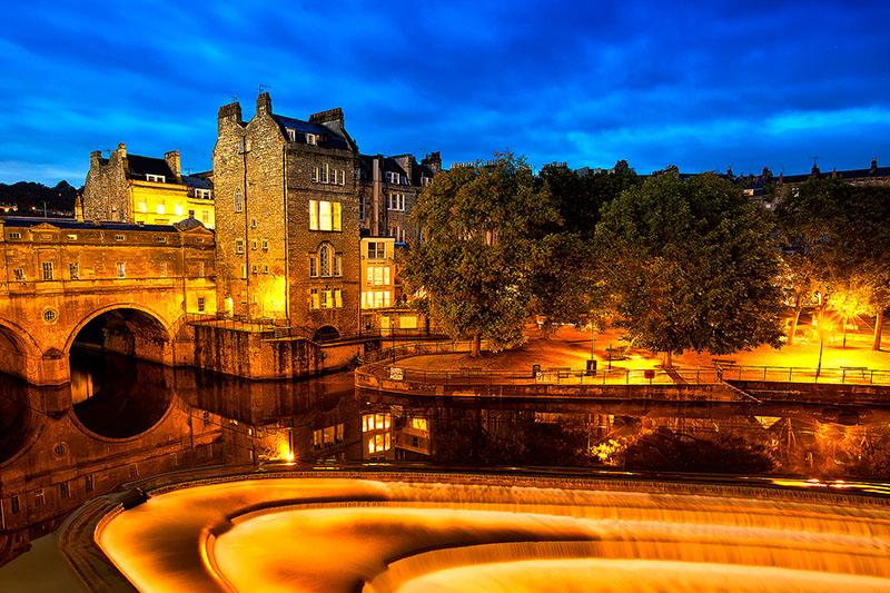 avon river,bath,britain,city scape,cityscape,england,europe,horizontal,long exposure,motion,night,pulteney bridge,twilight,uk,united kingdom, photo