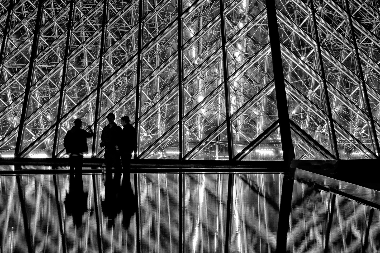 black & white,black and white,building,city scape,cityscape,entrance,europe,france,horizontal,louvre,night,paris,pyramid,structure parts,black & whi, photo