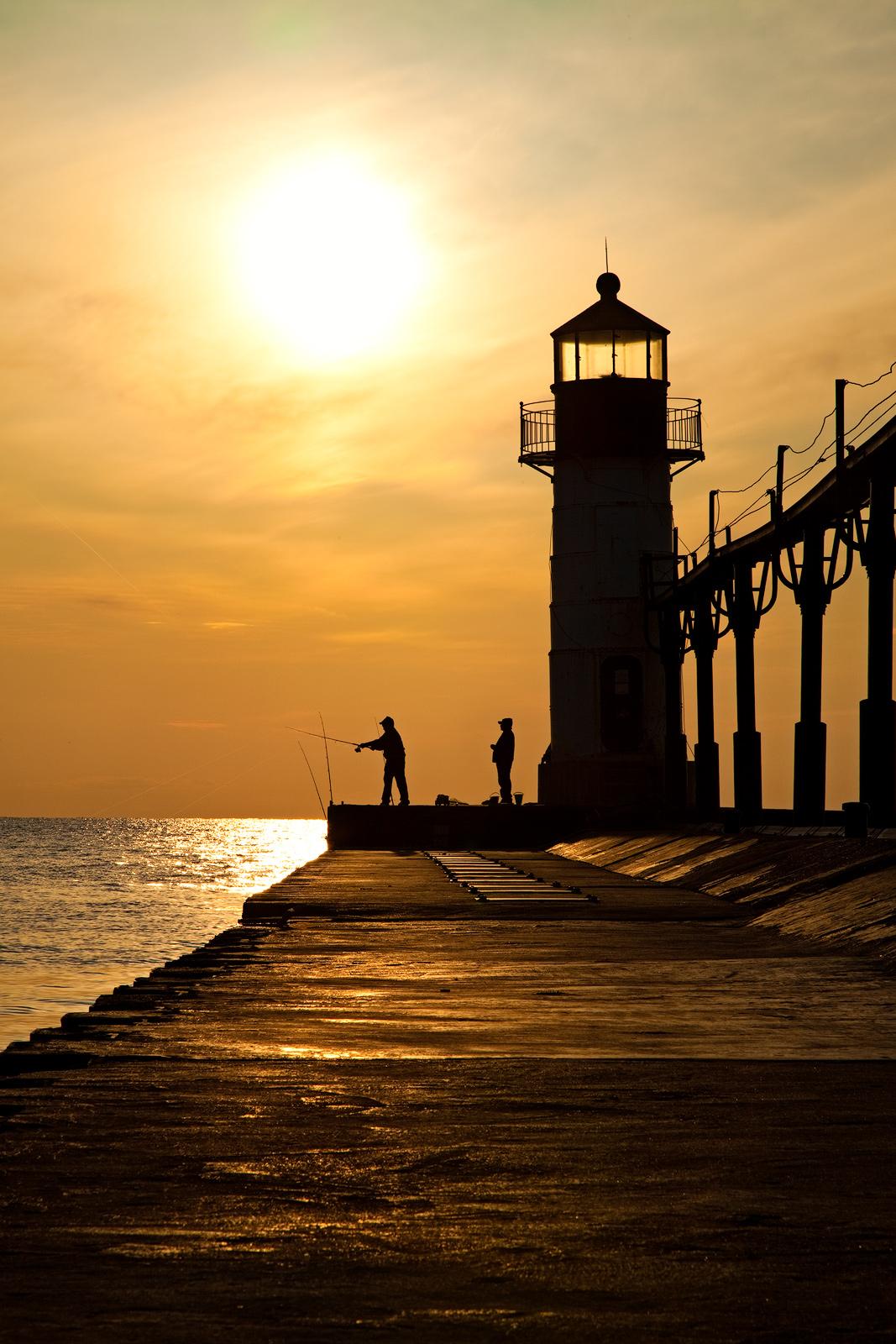 america,beautiful,building,fisherman,fishing,lighthouse,michigan,midwest,north america,saint joseph,silhouette,st. joseph,sunset,united states,us,usa,vertical, photo