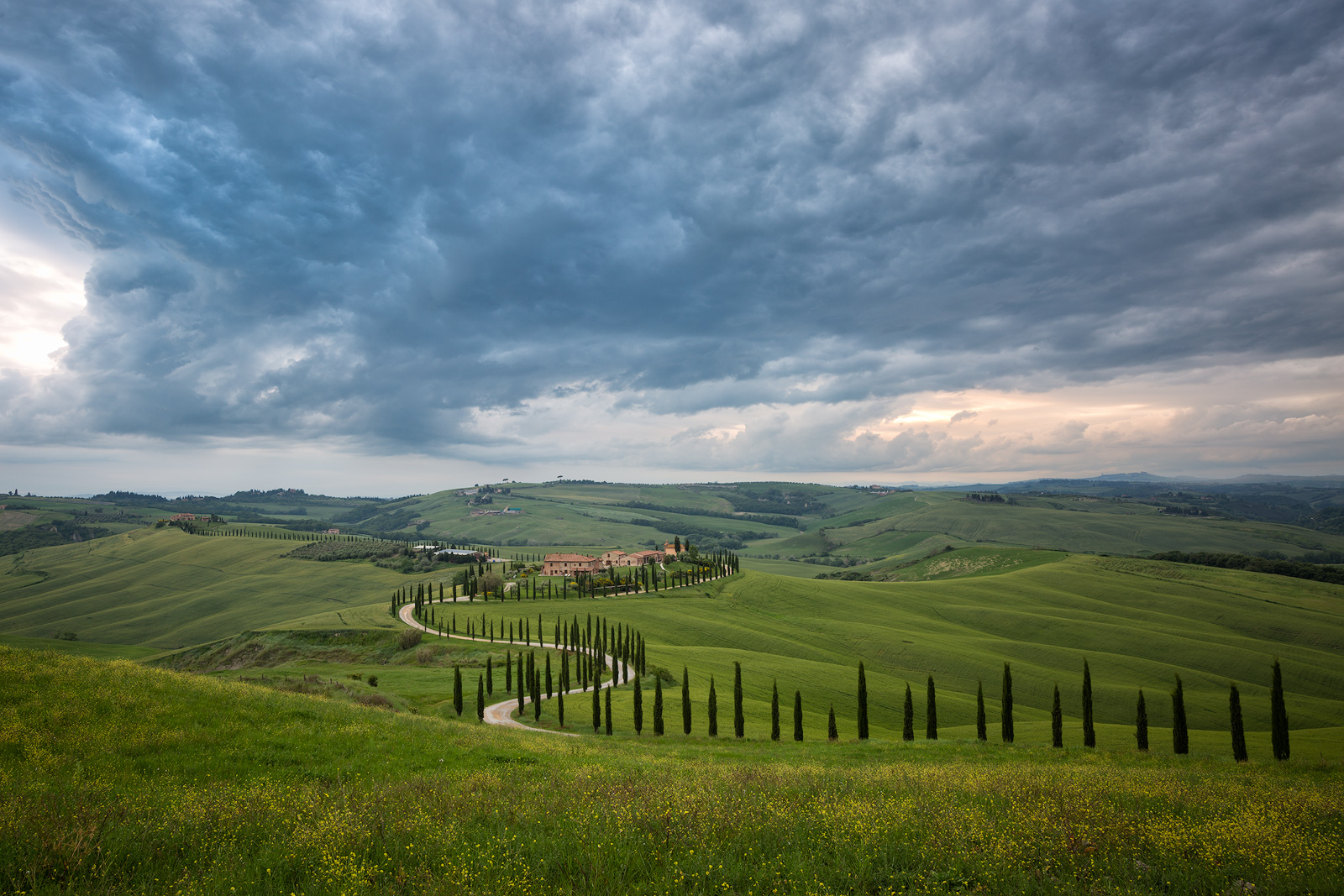 2016,May,SKY,Spring,asciano,clouds,cyprus,europe,evening,hills,horizontal,italy,la foce,landscape,montepulciano,road,rolling,siena province,sunset,tree,trees,tuscany,wheat fields,zig-zag,zig-zagging, photo