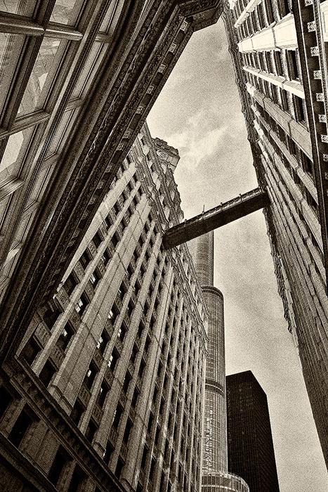 america,black & white,black and white,chicago,city scape,cityscape,il,illinois,midwest,north america,united states,us,usa,vertical,wrigley building,black & white, photo